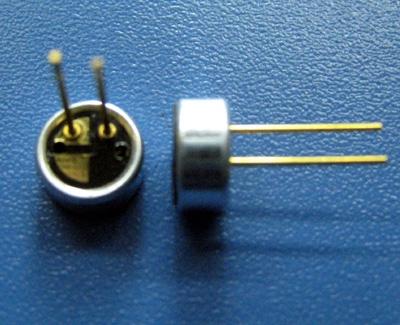 驻极体电容式麦克风